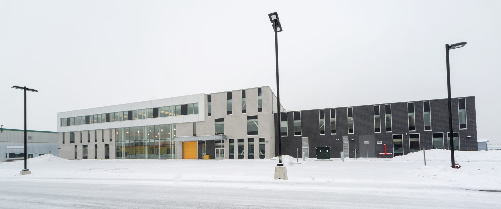 Armoury Building M-196 Saint-Hubert Garrison