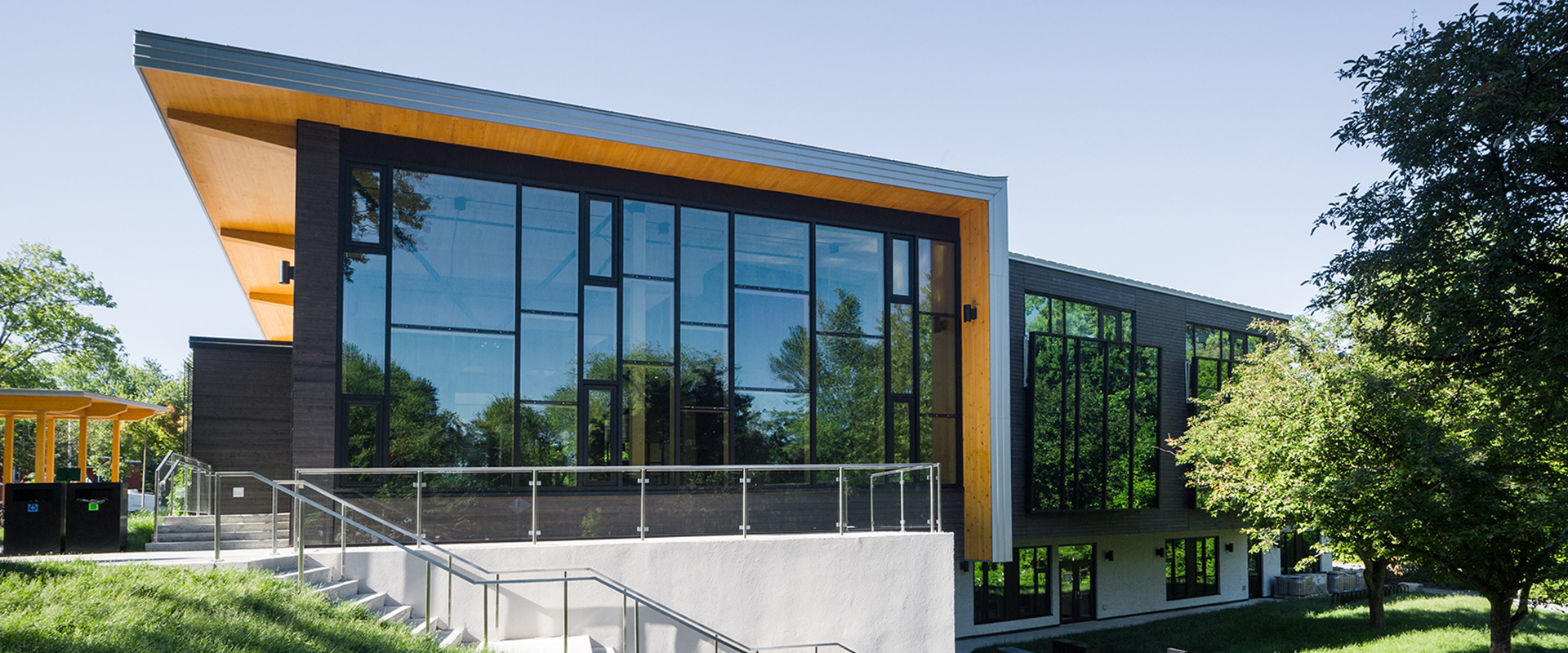 Pavillon d'accueil du parc Rivière-des-Mille-Îles